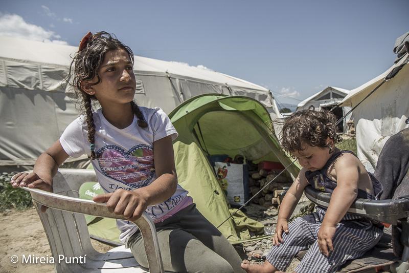 Niños en el campo de refugiados de Idomeni