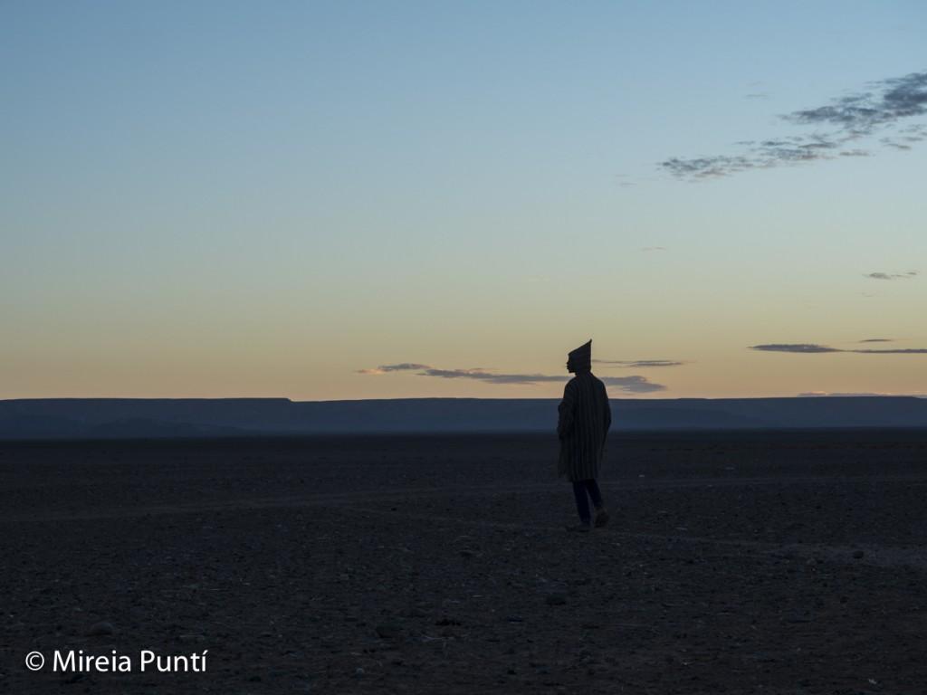Frío amanecer en el Sáhara