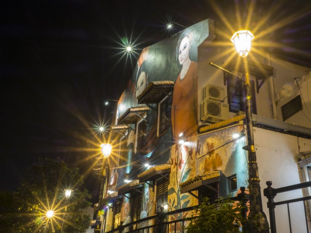 Casas pintadas con arte urbano en Melaka